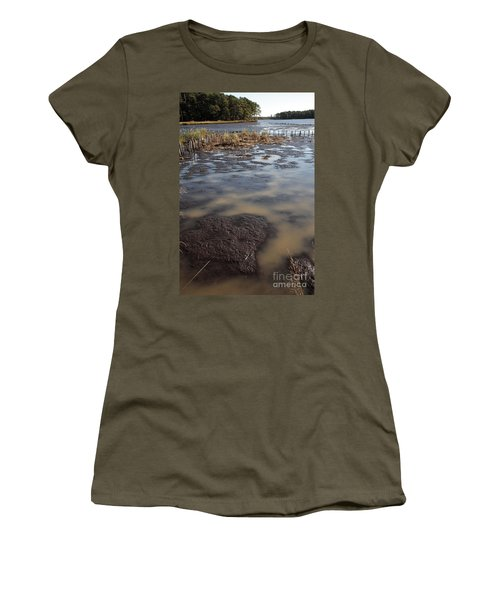 Low Tide At Blackwater Wildlife Refuge In Maryland Women's T-Shirt