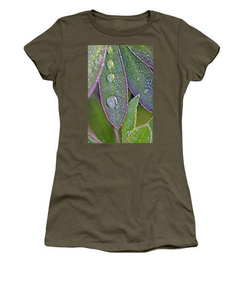 Lupin Leaves And Waterdrops Women's T-Shirt (Athletic Fit)