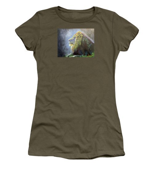 Lying In The Moonlight, Lion Women's T-Shirt (Athletic Fit)
