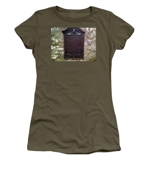 Memorial Tablet To Signal Corps U.s.a. Women's T-Shirt (Athletic Fit)