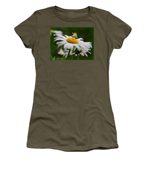 Miss Daisy Women's T-Shirt (Athletic Fit)
