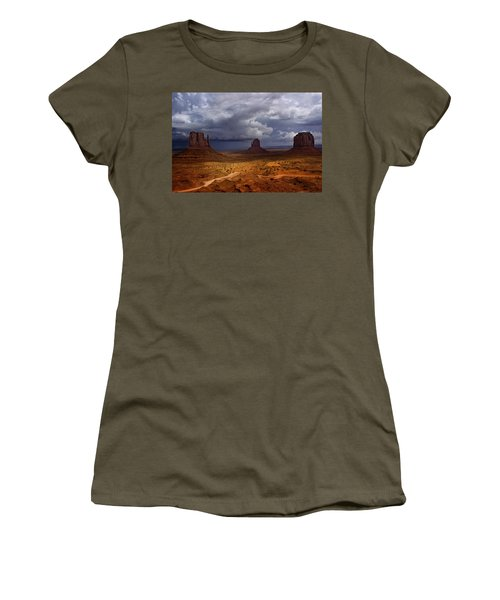 Monuments Of The West Women's T-Shirt (Junior Cut) by Ellen Heaverlo