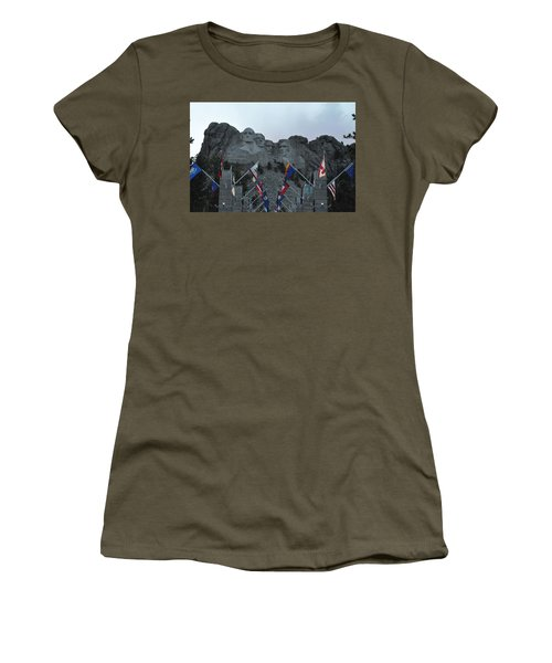Mt. Rushmore In The Evening Women's T-Shirt