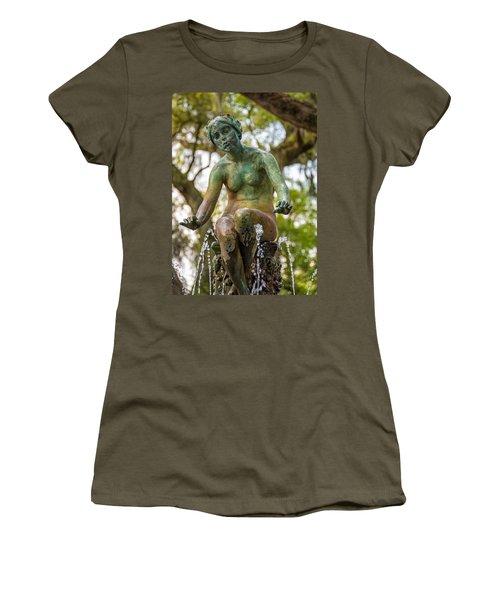 New Orleans Fountain 2 Women's T-Shirt