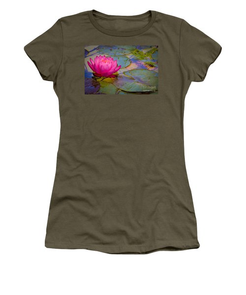Nymphaeaceae Women's T-Shirt