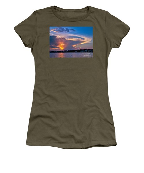 Ocean Isle Sunset Women's T-Shirt