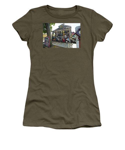 Oj House Women's T-Shirt (Athletic Fit)