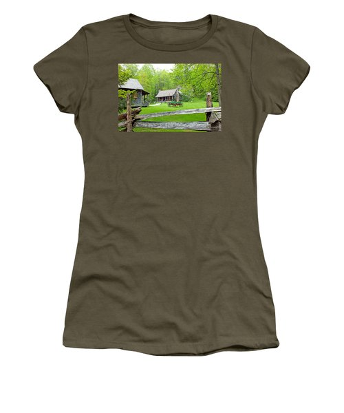 Old Cabins At The Cradle Of Forestry Women's T-Shirt