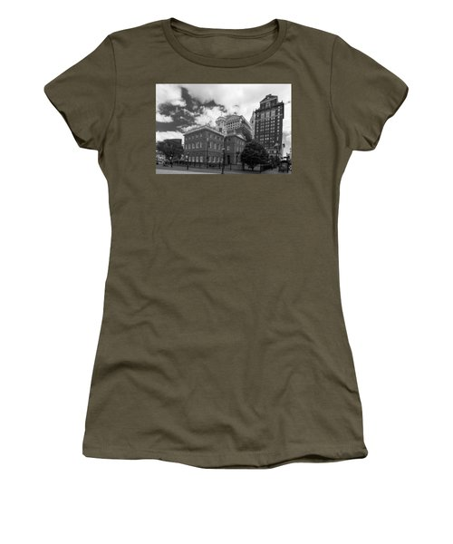 Old State House 15568b Women's T-Shirt