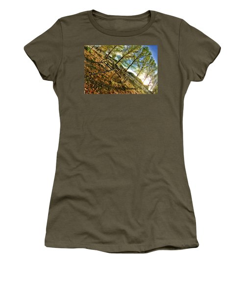 Old Wagon Women's T-Shirt (Athletic Fit)