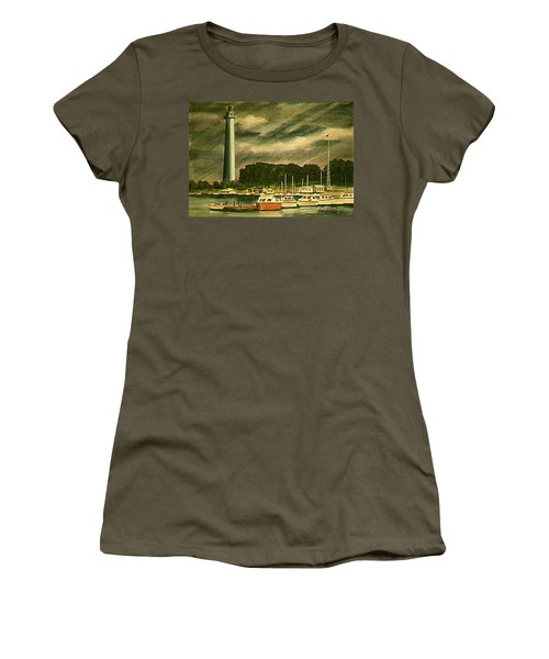 Perrys Monument On Put In Bay Women's T-Shirt