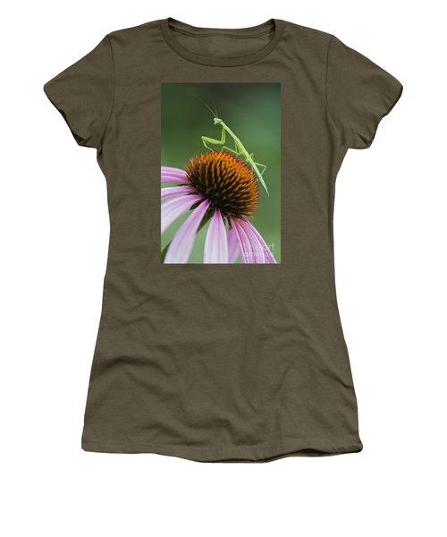 Praying Mantis - D008022 Women's T-Shirt