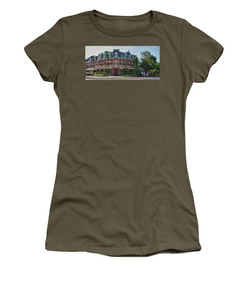 Prince Of Wales Hotel 9000 Women's T-Shirt