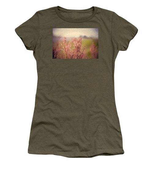 Roadside Beauty Women's T-Shirt