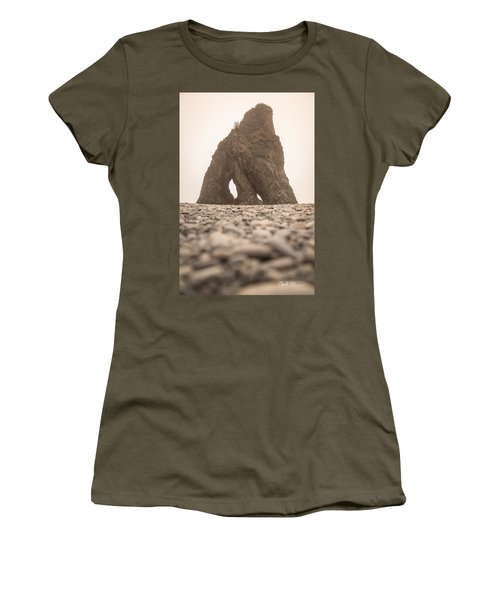 Ruby Beach Triangle Women's T-Shirt