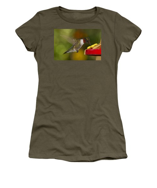 Ruby-throat Hummer Sipping Women's T-Shirt
