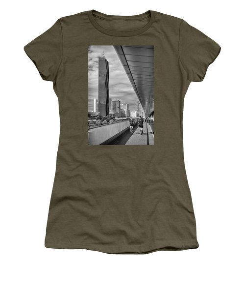 Run Across Viena Women's T-Shirt