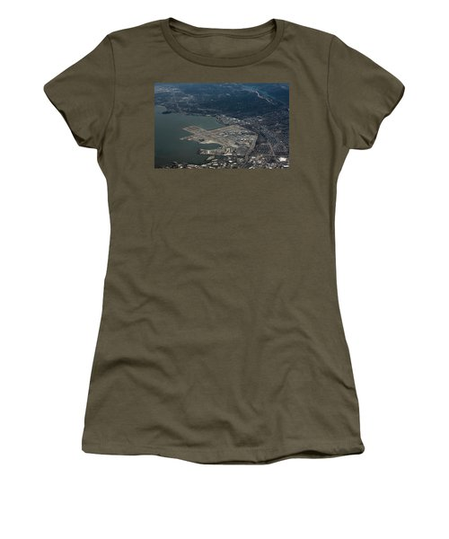 San Francisco International Airport Women's T-Shirt