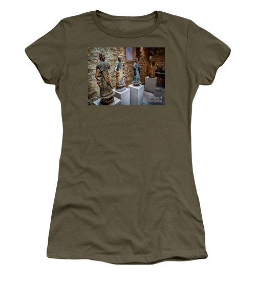 San Pedro Statue Women's T-Shirt