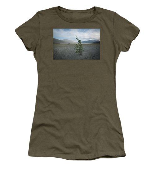 Sandstorm, Kluane Women's T-Shirt