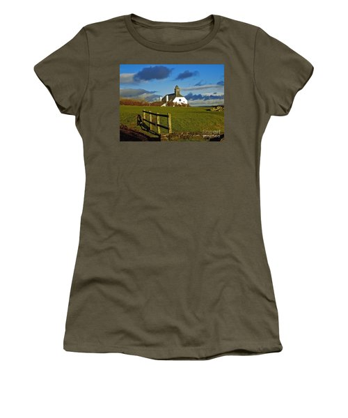 Scene From Giants Causeway Women's T-Shirt (Athletic Fit)