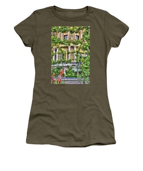 Schwerin Castle Windows. Women's T-Shirt (Athletic Fit)