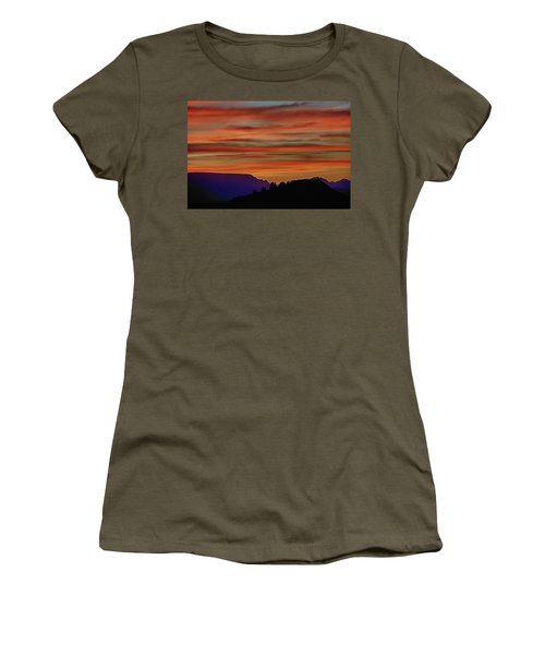 Sedona Az Sunset 2 Women's T-Shirt