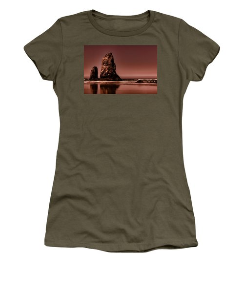 Siblings To The Left Women's T-Shirt