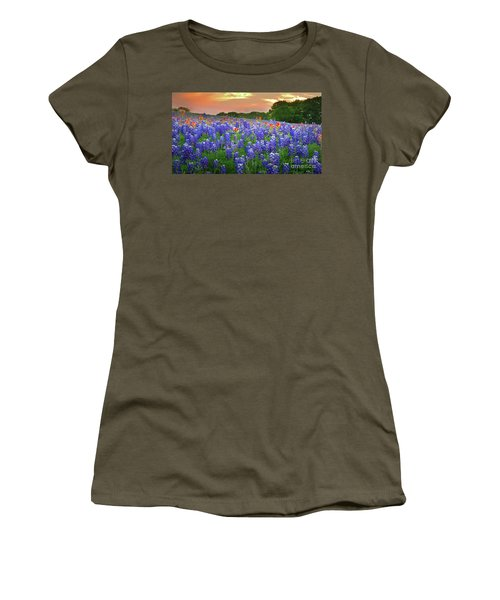 Springtime Sunset In Texas - Texas Bluebonnet Wildflowers Landscape Flowers Paintbrush Women's T-Shirt (Athletic Fit)