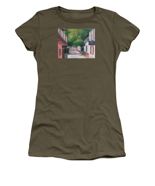 St George Street IIi Women's T-Shirt (Athletic Fit)