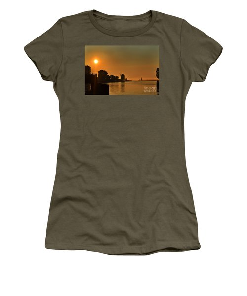 St Joseph Lighthouse Sunset Women's T-Shirt (Athletic Fit)