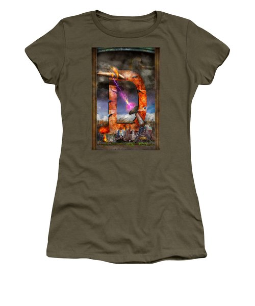 Steampunk - Alphabet - D Is For Death Ray Women's T-Shirt