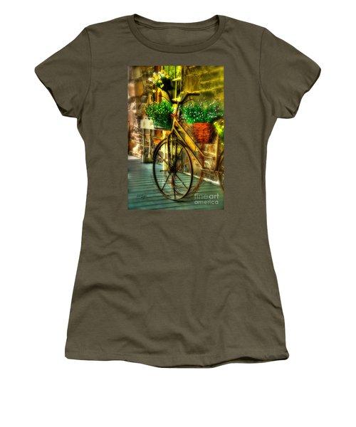 Still Useful Women's T-Shirt
