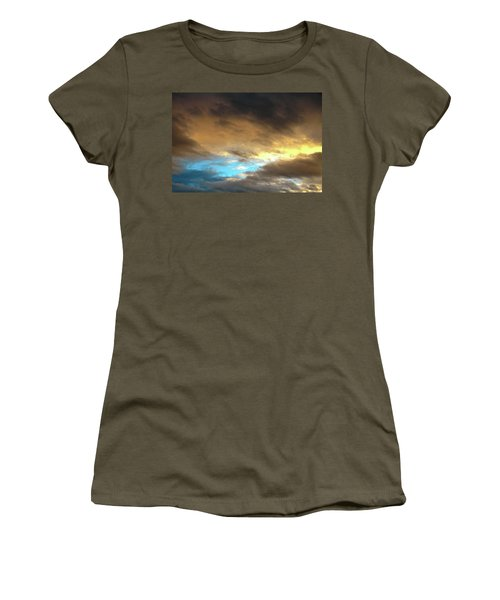 Stratus Clouds At Sunset Bring Serenity Women's T-Shirt