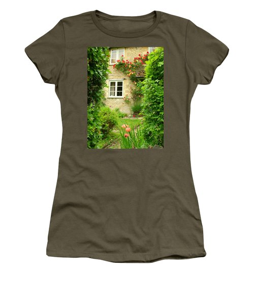 Summer Cottage Women's T-Shirt (Athletic Fit)