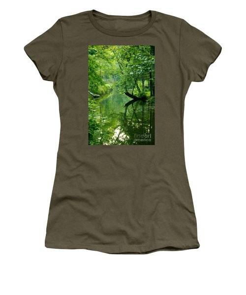 Summer Stream Women's T-Shirt (Athletic Fit)