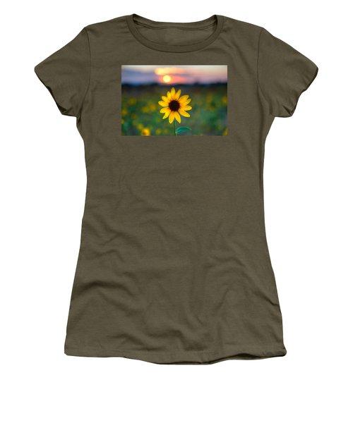 Sun Flower Iv Women's T-Shirt