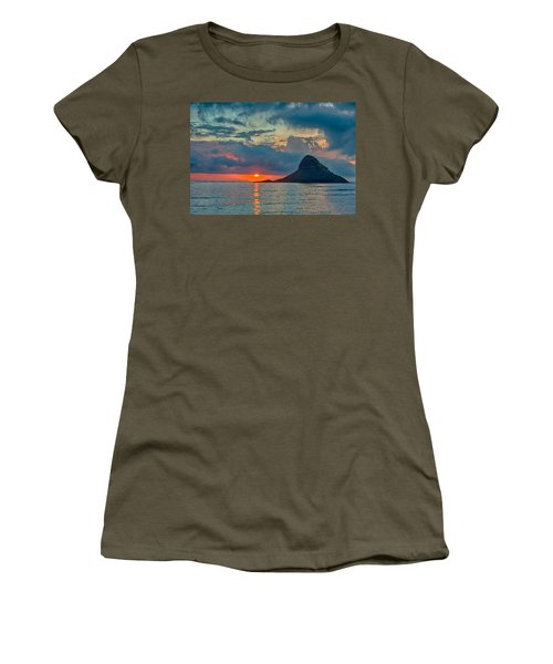 Sunrise At Kualoa Park Women's T-Shirt