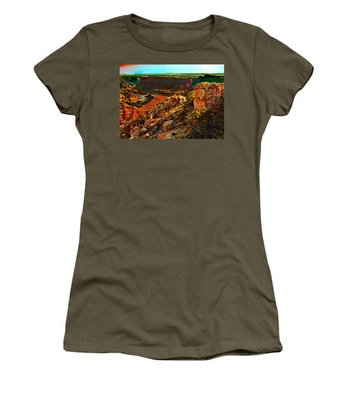 Sunrise Lipan Point Grand Canyon Women's T-Shirt (Athletic Fit)
