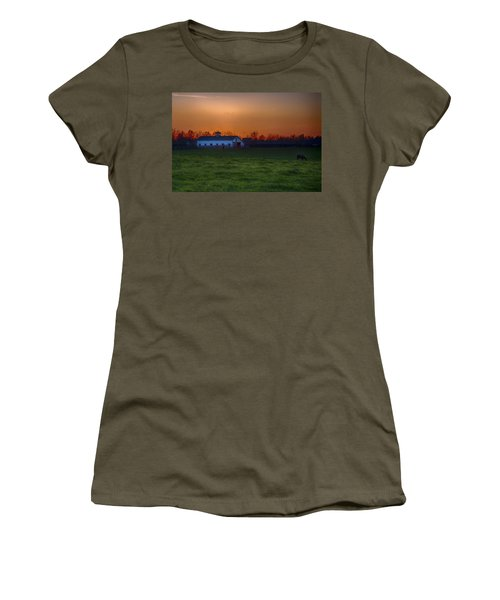 Walmac Farm Ky  Women's T-Shirt (Athletic Fit)