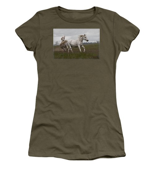 Women's T-Shirt (Junior Cut) featuring the photograph Talegating 5924 by Wes and Dotty Weber