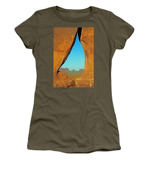 Tear Drop Arch Monument Valley Women's T-Shirt