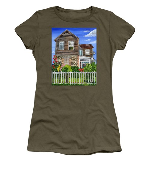 The Old House Women's T-Shirt