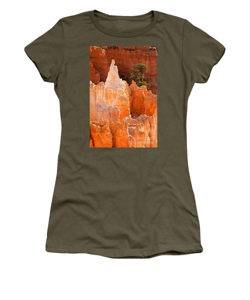 The Pope Sunrise Point Bryce Canyon National Park Women's T-Shirt