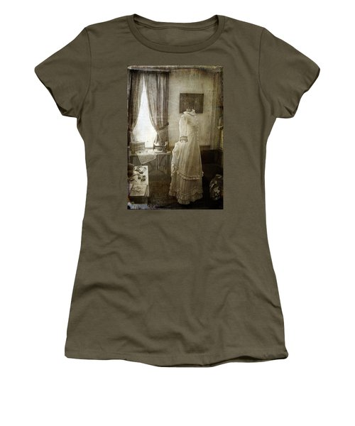 The Sewing Room Women's T-Shirt (Athletic Fit)
