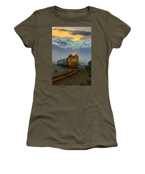 The Southerner Train New Zealand Women's T-Shirt (Athletic Fit)