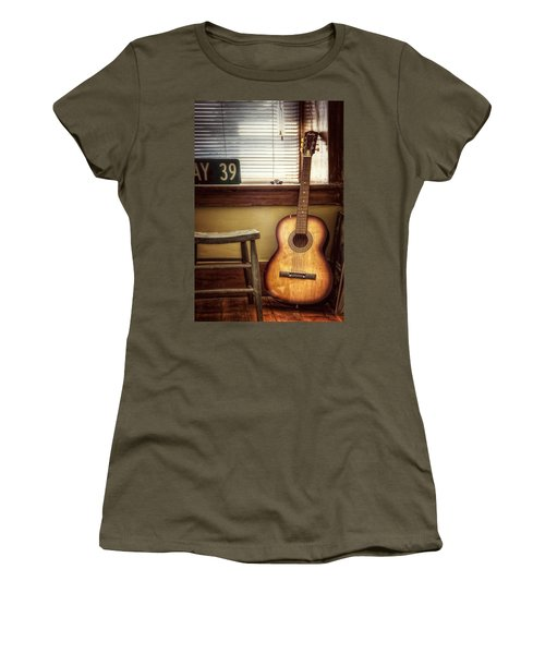 This Old Guitar Women's T-Shirt