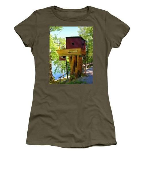 Tree House Boat Women's T-Shirt (Athletic Fit)