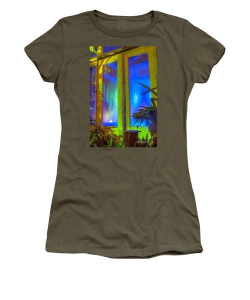 Tropical Door Women's T-Shirt (Athletic Fit)