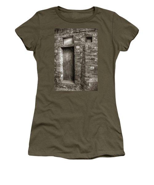 Tuscan Doorway Women's T-Shirt